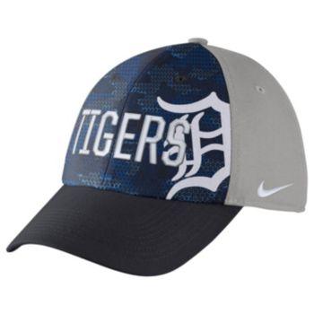 Adult Nike Detroit Tigers Woodland Camo Classic Flex Cap