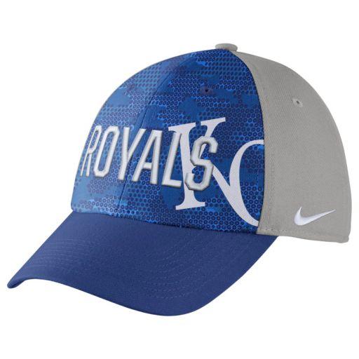 Adult Nike Kansas City Royals Woodland Camo Classic Flex Cap