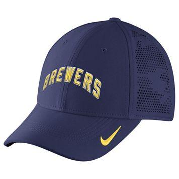 Adult Nike Milwaukee Brewers Dri-FIT Vapor Classic Flex-Fit Cap