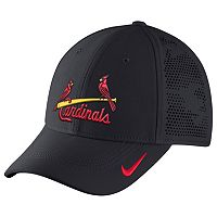 Adult Nike St. Louis Cardinals Vapor Classic Stretch-Fit Cap