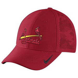 34.00. adult nike st. louis cardinals vapor classic stretch fit cap e8f436635e7d