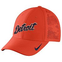 Adult Nike Detroit Tigers Vapor Classic Stretch-Fit Cap