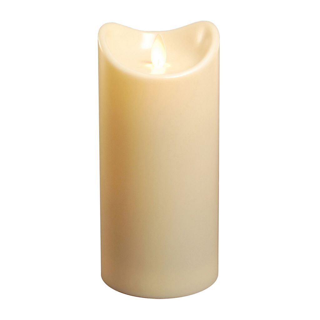 LumaBase Luminarias Action Flame LED Pillar Candle 3.5'' x 7''