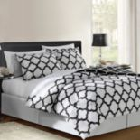 VCNY Galaxy 8 pc Reversible Bed Set