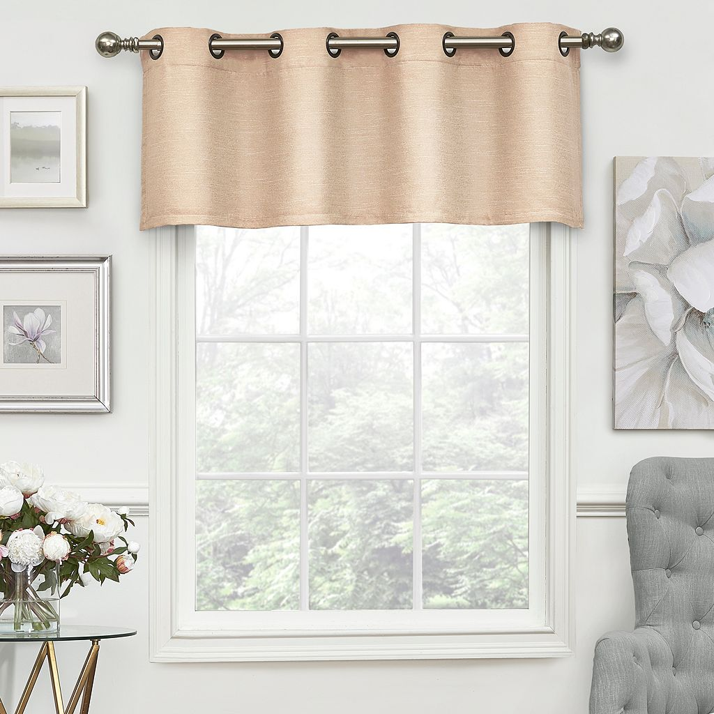 eclipse ThermaLayer Luxor Blackout Window Valance