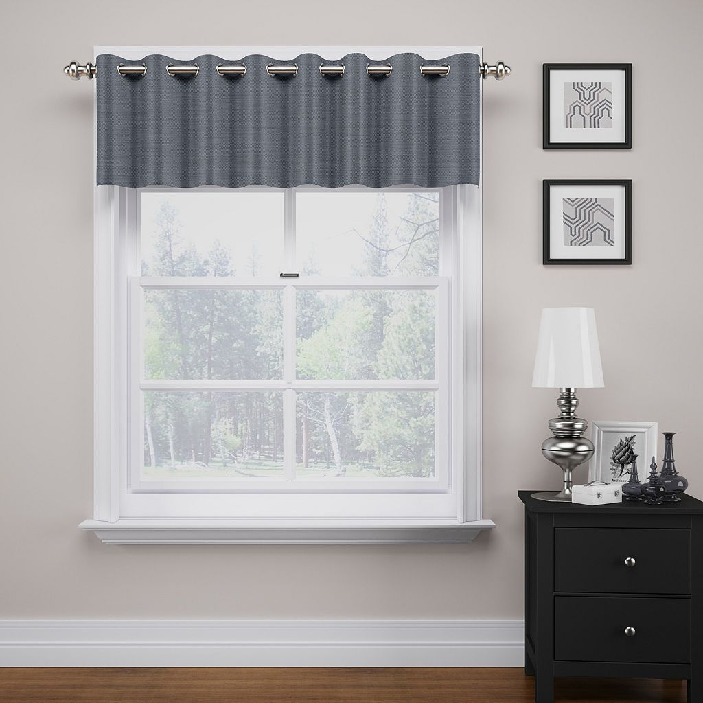 eclipse ThermaWeave Bryson Blackout Valance - 18