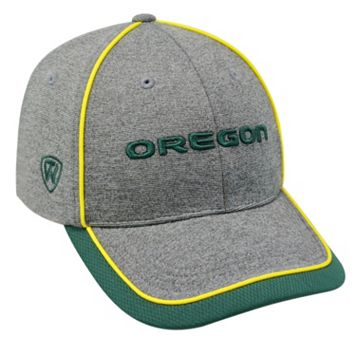 Adult Top of the World Oregon Ducks Memory Fit Cap