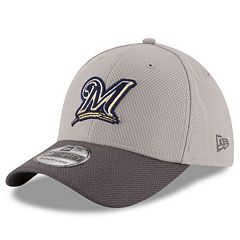 Adult New Era Milwaukee Brewers 39THIRTY Team Grayed Flex-Fit Cap