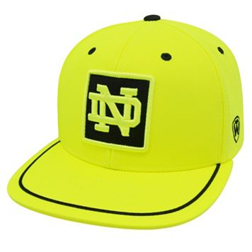 Adult Top of the World Notre Dame Fighting Irish Clubhouse Snapback Cap