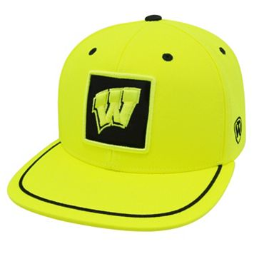 Adult Top of the World Wisconsin Badgers Clubhouse Snapback Cap