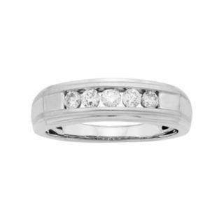 Men's 14k White Gold IGL Certified 1/4 Carat T.W. Diamond Wedding Band