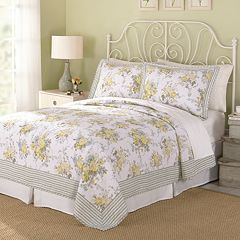 Modern Heirloom Spring Garden 3 pc Quilt Set