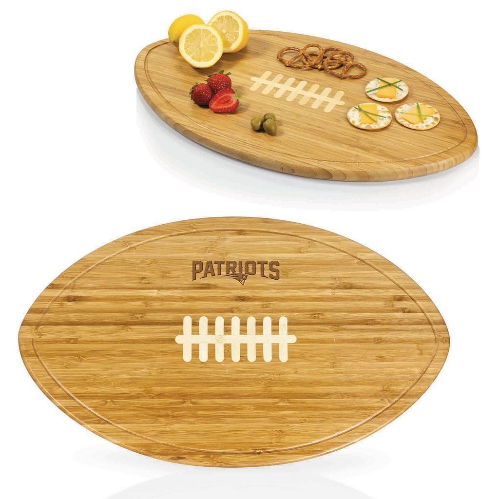 Picnic Time New England Patriots Quarterback Cutting Board Set