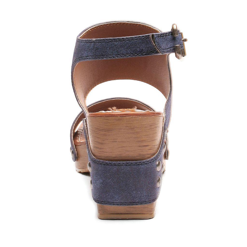 2 Lips Too Too Slick Women's Chunky Heel Sandals