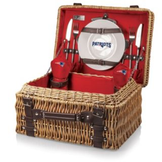 Picnic Time New England Patriots Champion Willow Picnic Basket with Service for 2