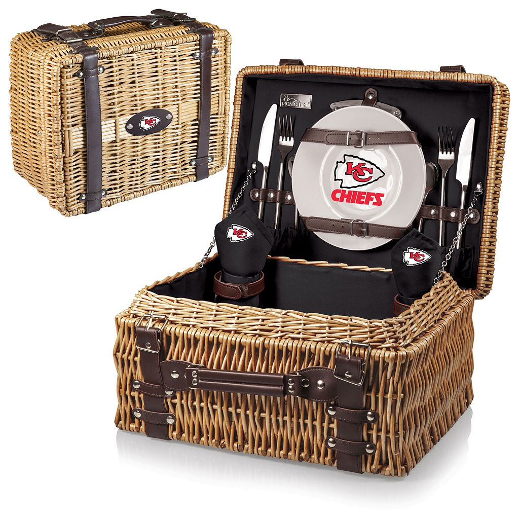 Picnic Time Kansas City Chiefs Champion Willow Picnic Basket with Service for 2