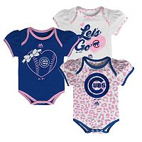 Baby Majestic Chicago Cubs Wild Pitch 3-Piece Bodysuit Set