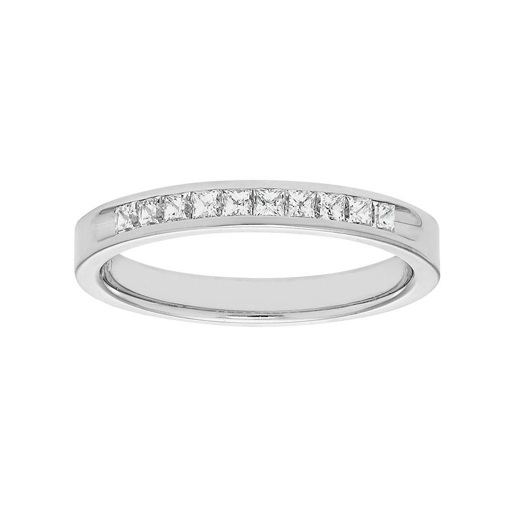 14k White Gold 1/4 Carat T.W. Diamond Anniversary Ring