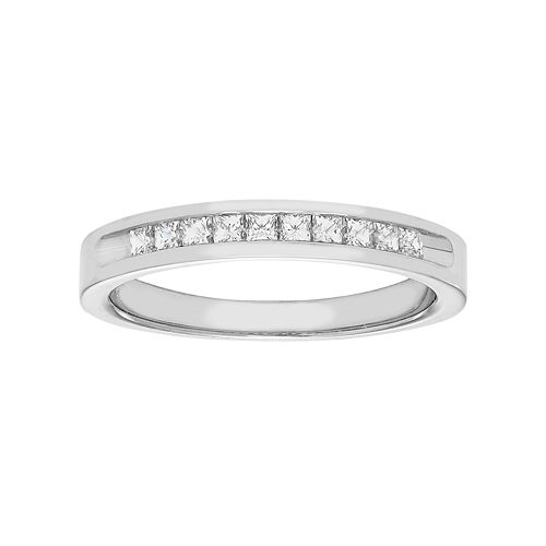 14k White Gold 1/3 Carat T.W. Diamond Anniversary Ring