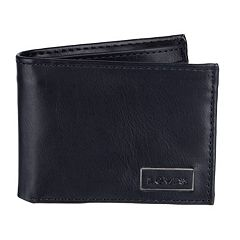 Men's Levi's® Traveler Wallet
