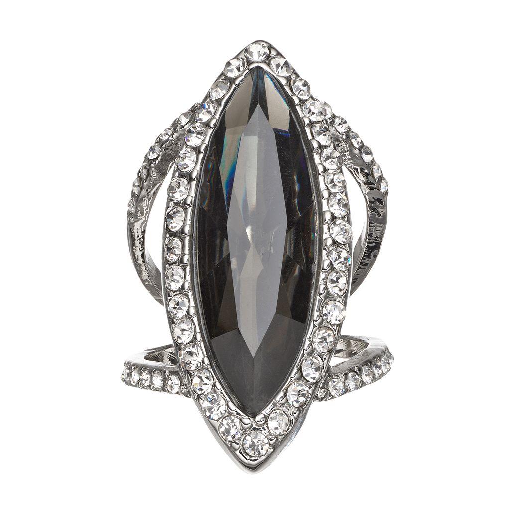 Jennifer Lopez Marquise Ring