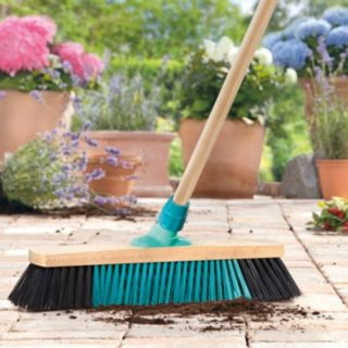 Leifheit Outdoor Xclean Broom