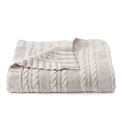 VCNY Dublin Cable Knit Throw