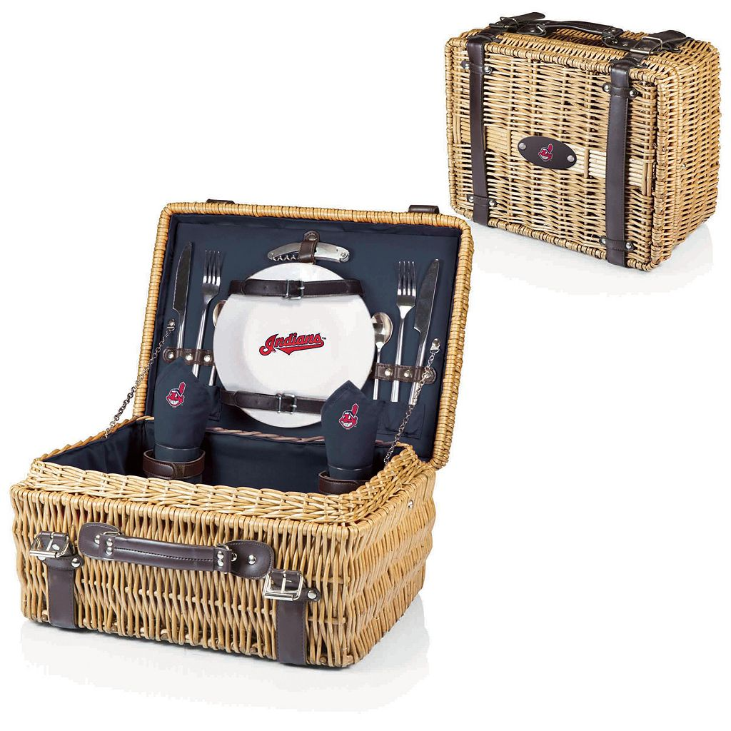 Picnic Time Cleveland Indians Champion Willow Picnic Basket with Service for 2