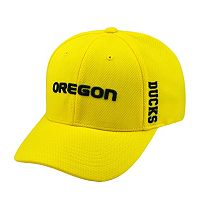 Adult Top of the World Oregon Ducks Booster One-Fit Cap