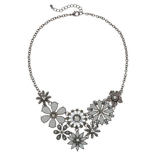 Flower Bib Necklace