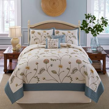 Always Home Celia Chain Embroidery Quilt
