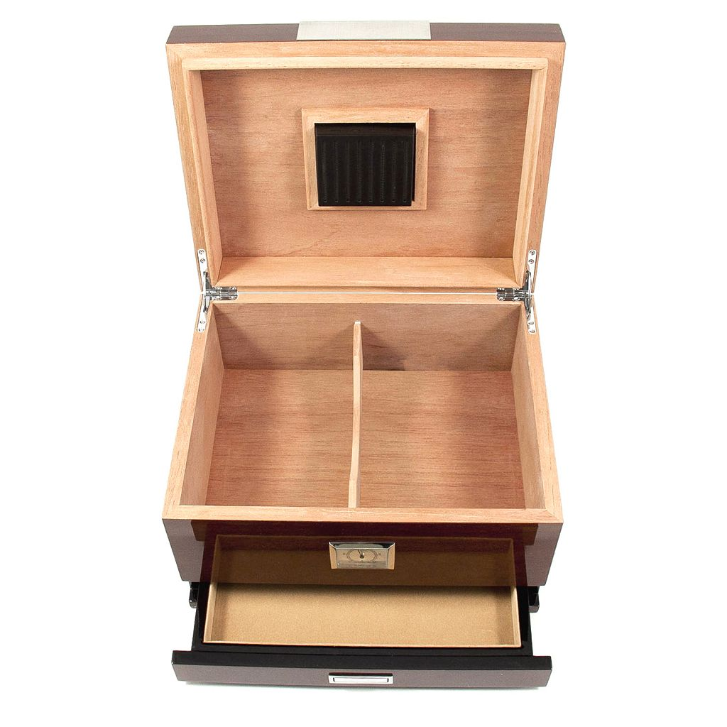 Bey-Berk Walnut Wood 60-Cigar Humidor