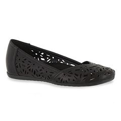 Easy Street Charlize Women's Hidden Wedge Flats