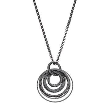 Hammered Interlocking Circle Pendant Necklace