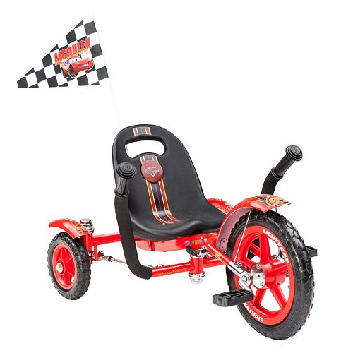 Disney / Pixar Cars Lightning McQueen Red 12-in. Ergonomic Cruiser by Mobo
