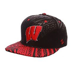 Adult Wisconsin Badgers Kahuku Adjustable Cap