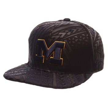 Adult Michigan Wolverines Kahuku Adjustable Cap