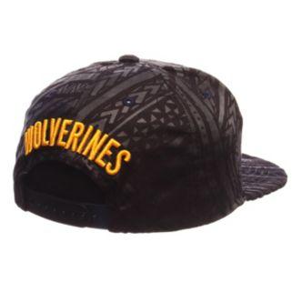 Adult Michigan Wolverines Kahuku Adjustable Cap