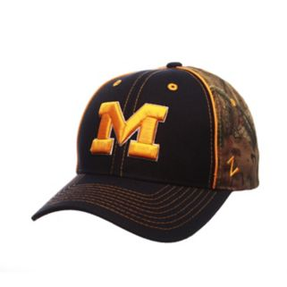 Adult Zephyr Michigan Wolverines Hideaway Snapback Cap