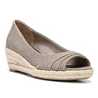 LifeStride Occupy Women's Wedge Sandal