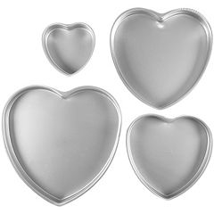 Wilton 4 pc Heart Cake Pan Sat