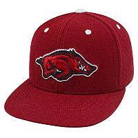 Adult Top of the World Arkansas Razorbacks Flat-Bill Cap