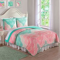 Antique Chevron Quilt Set