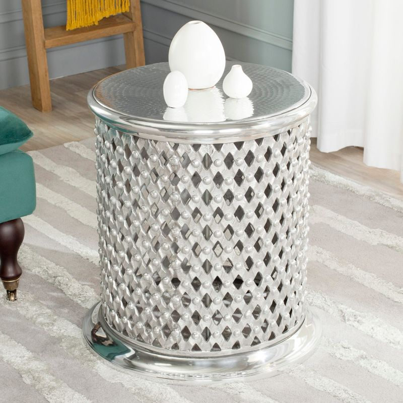 Safavieh Metal Lace End Table, Silver