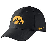Men's Nike Iowa Hawkeyes Dri-FIT Flex-Fit Cap