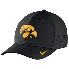 Men's Nike Iowa Hawkeyes Dri-FIT Vapor Sideline Flex-Fit Cap
