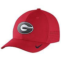 Men's Nike Georgia Bulldogs Dri-FIT Vapor Sideline Flex-Fit Cap