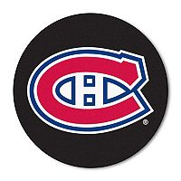 FANMATS Montreal Canadiens Hockey Puck Rug