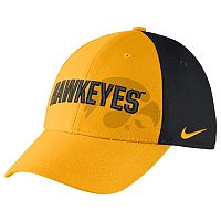 Men's Nike Iowa Hawkeyes Classic Flex-Fit Cap