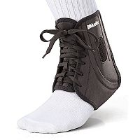 Adult Mueller Adjust-To-Fit Ankle Brace